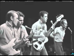 Beach Boys  Little Deuce Coupe